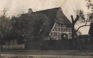 """Alter """"Mustkanten Hoff"""" das Haus wurde 1953 abgerissen und durch das heutige Gebäude ersetzt."""
