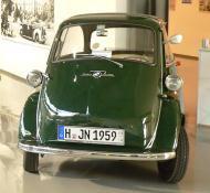 ..eine ähnliche Isetta fuhr in späteren Jahren auch der Ortswachmeister Lange.